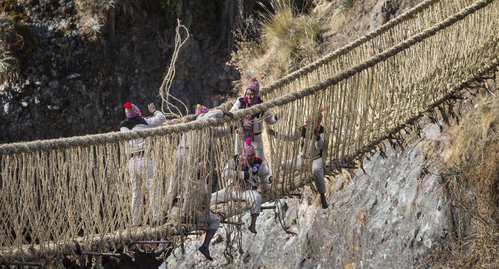 Se trata del último puente colgante de la cultura inca, por lo que cruzarlo es una experiencia única para cualquier turista. (Foto: Anthony Niño de Guzmán / Archivo El Comercio)