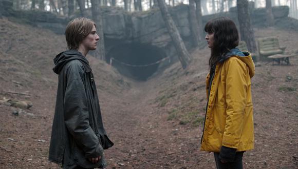 En Dark no hay coincidencias: tiempo y espacio (liderados por Jonas y Martha) están conectados. Con esa premisa, la serie alemana de Netflix estrena su tercera y última temporada. (Foto: Netflix)