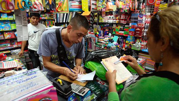 Los productos exigidos por los colegios deben estar relacionados con el servicio educativo que brindan. (Foto: Archivo El Comercio)