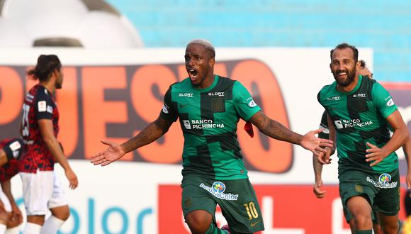 A Farfán solo le bastaron 25 minutos para poner el 1-0 que le dio a Alianza los tres puntos frente a Municipal. (Foto: Liga de Fútbol Profesional)