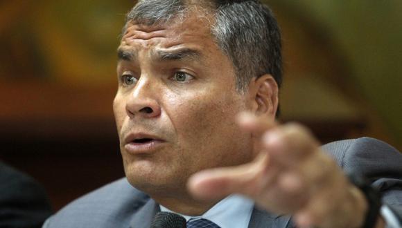 El ex presidente Rafael Correa no fue encausado por vivir en el extranjero y negarse a llegar al país, por lo que pesa contra él una petición de arresto. (Foto: AFP)