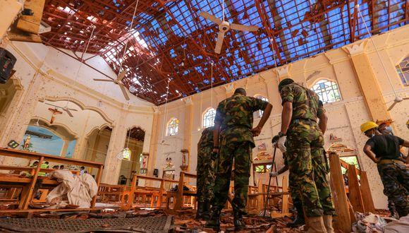 Sri Lanka: Al menos 290 muertos y más de 500 heridos en atentados contra iglesias y hoteles de lujo. (Bloomberg).