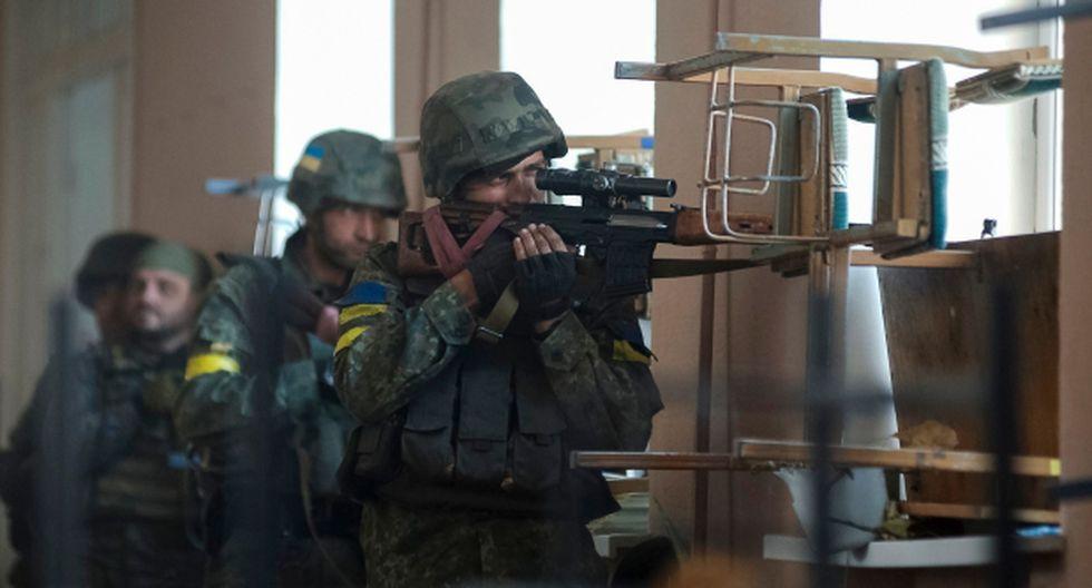Más de 1.000 soldados rusos combaten en Ucrania, afirma OTAN