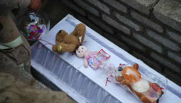 Fátima Aldrighett fue secuestrada a la salida de la Escuela Primaria Enrique C. Rebsamen, ubicada en el barrio Santiago Tulyehualco, en el sur de la Ciudad de México. Luego fue violada, asesinada y dejada en una bolsa de plástico. Foto: Reuters
