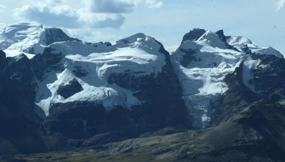El derretimiento de los glaciares por el aumento de la temperatura pone en riesgo el Parque Nacional Huascarán. (Foto: El Comercio)