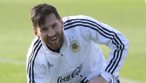 El cinco veces ganador del Balón de Oro confesó que siempre estará donde la selección argentina lo necesite. (Foto: AFP)