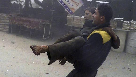 Siria: bombardeos contra feudo opositor en Damasco dejan 28 muertos. (AP).