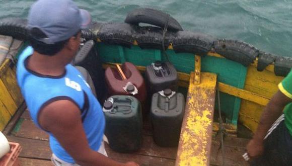 Tumbes: decomisan más de 200 galones de petróleo de contrabando