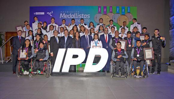 Los deportistas peruanos premiados por sus logros en Lima 2019. (Foto: IPD)