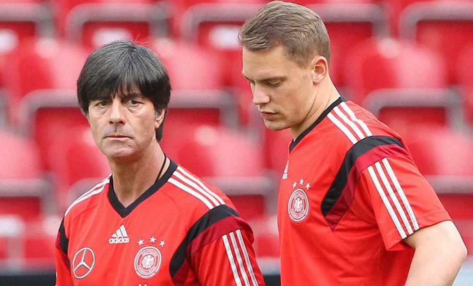 El director técnico de Alemania apostaría por Manuel Neuer para que cuide el arco durante Rusia 2018. Lo curioso es que el '1' teutón no ha jugado en toda la temporada por una seria lesión en el pie. (Foto: AFP)