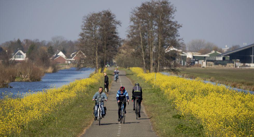 Las medidas en los Países Bajos no es estricta. (Foto Robin VAN LONKHUIJSEN / ANP / AFP)