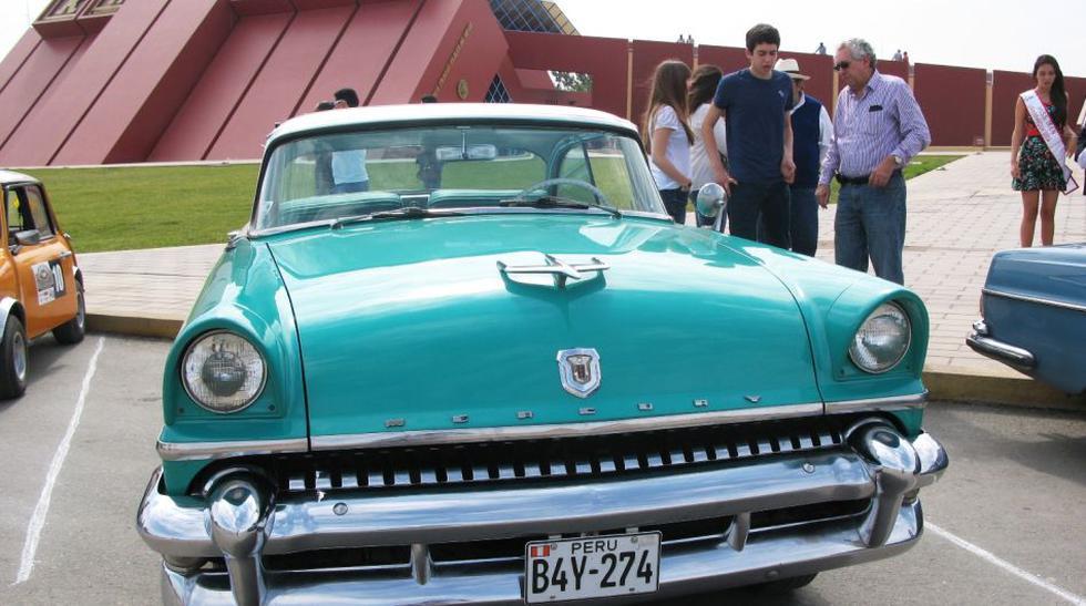 Los autos de antaño que albergó el Museo Tumbas Reales de Sipán - 1