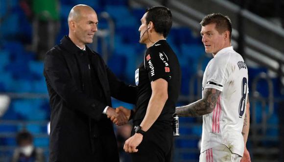Zinedine Zidane se concentra en la recta final de Real Madrid en LaLiga. (Foto: AFP)