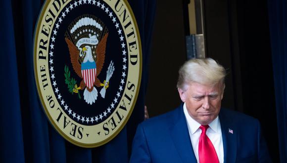 El presidente de Estados Unidos, Donald Trump, llega a la Cumbre de la Vacuna de la Operación Warp Speed en el edificio de oficinas ejecutivas de Eisenhower adyacente a la Casa Blanca en Washington, DC el 8 de diciembre de 2020. (Foto: SAUL LOEB / AFP).