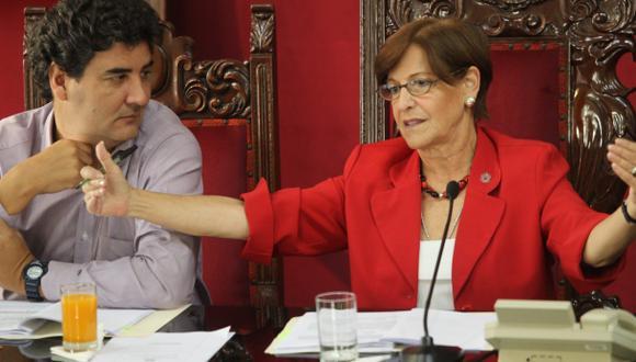 Villarán le exigió a Eduardo Zegarra asumir cargo en Emmsa