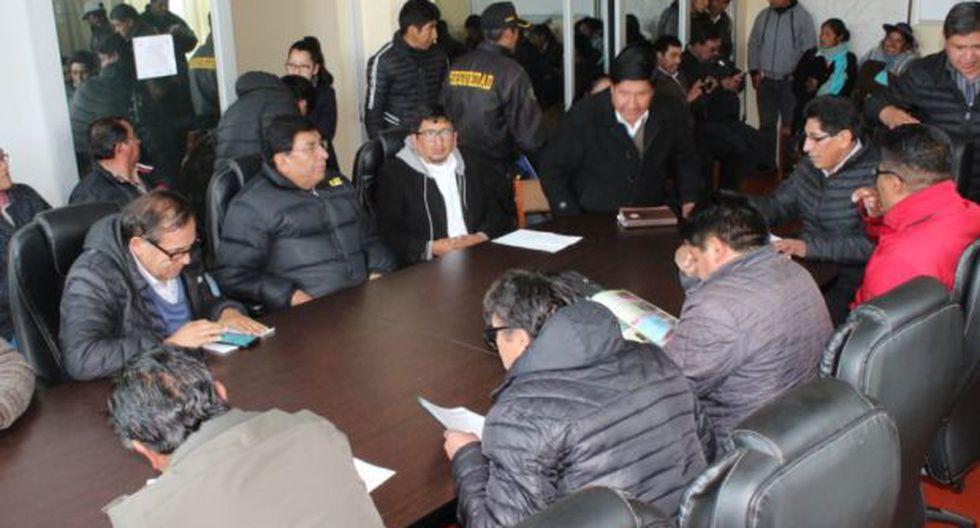 Puno: reprograman reunión entre dirigentes cocaleros y funcionarios del gobierno