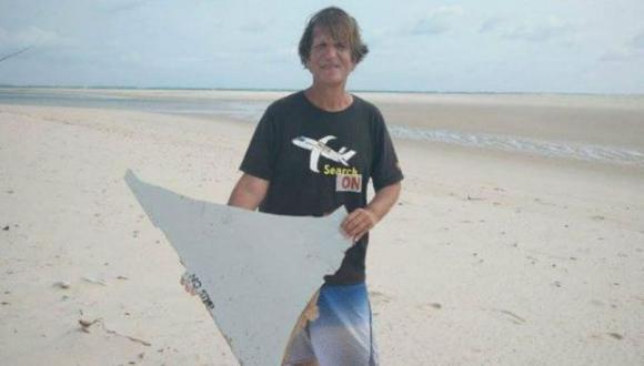 El abogado que dejó todo para buscar los restos del MH370