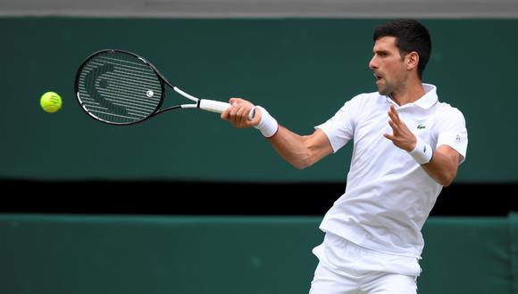 Federer vs. Djokovic: serbio se lució con espectacular devolución que dejó sin respuesta al suizo | Foto: Agencias