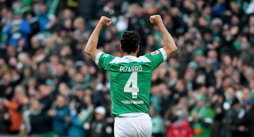 Claudio Pizarro lleva 197 goles en la Bundesliga. (Foto: AFP)