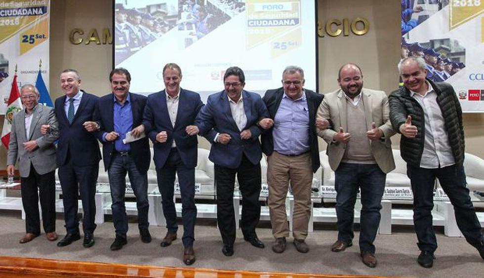 Candidatos a la alcaldía de Lima participaron de evento sobre seguridad ciudadana y criticaron ausencia de Reggiardo y Belmont en debates. (Foto: Alessandro Currarino)