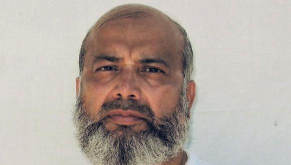Esta fotografía sin fecha tomada por el Comité Internacional de la Cruz Roja y proporcionada por el abogado David H. Remes muestra al paquistaní Saifula Paracha, quien está preso en la base estadounidense de Bahía de Guantánamo, Cuba. (Foto: David H. Remes vía AP)