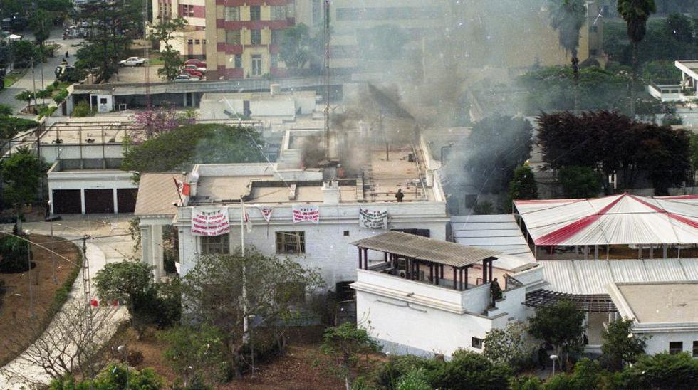 """Se cumplen 20 años de la operación militar """"Chavín de Huántar"""", que permitió el rescate con vida de 71 de los 72 rehenes del MRTA en la residencia del embajador japonés en Lima. (Archivo - El Comercio)"""