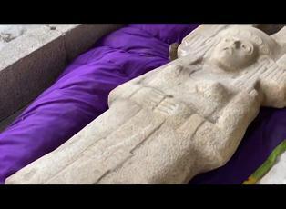Descubren en México pieza arqueológica prehispánica en forma de mujer