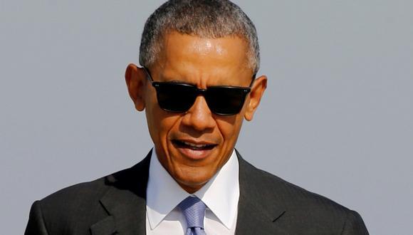 """Obama pide no usar """"insinuaciones"""" en investigación a Clinton"""