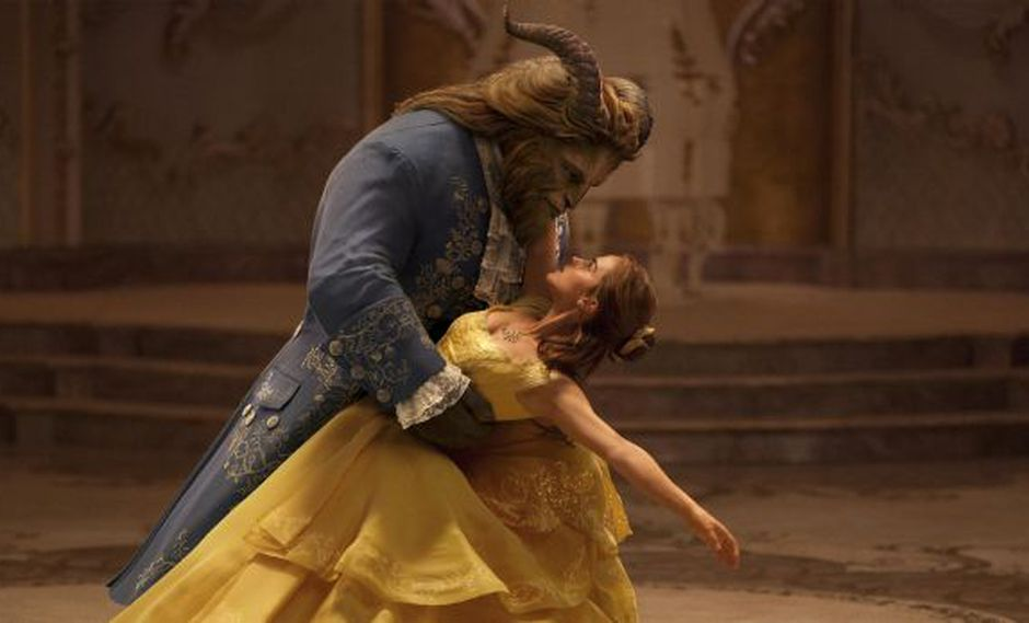 """La Bella y la Bestia: Disney no retirará """"momento gay"""" de filme"""