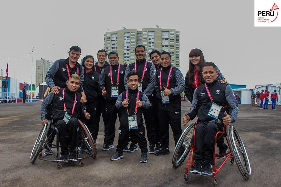 Parte de la delegación peruana de parabádminton. (Foto: Facebook)