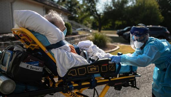 Coronavirus USA | Carlos y Jorge Vallejo | Médicos cubanos | Covid-19 mata a padre e hijo con semanas de diferencia en Florida. Foto referencial:  John Moore/Getty Images/AFP