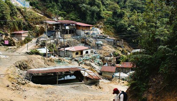 Contra la minería ilegal, por Ana María Sánchez