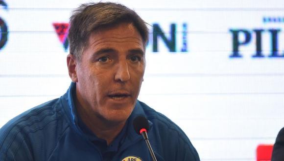 Berizzo fue claro en señalar que cada pérdida de balón en algún lugar del campo inapropiado será peligro en contra. (AFP)
