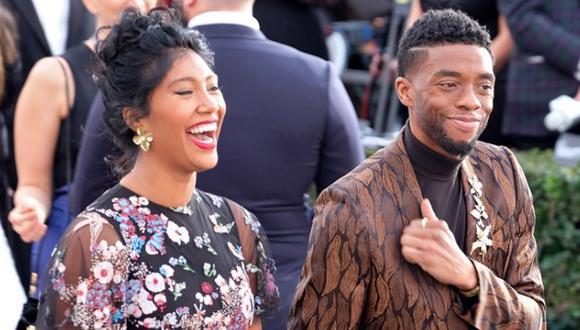 Chadwick Boseman y Taylor Simone Ledward se casaron en secreto algunos meses antes de la muerte del actor (Foto: Sarah Morris / Getty)