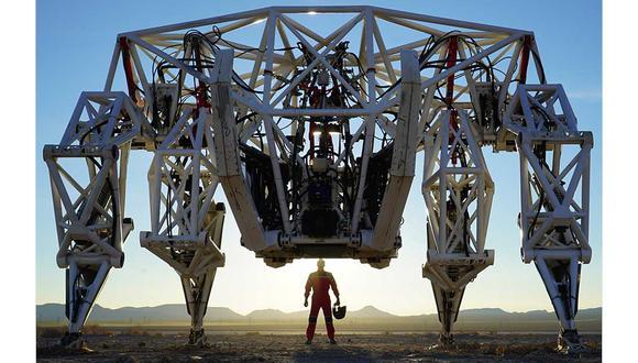 Prosthesis es un enorme exoesqueleto robótico, el más grande en su tipo en todo el mundo, que se utilizará para competencias de lucha de robots. (Difusión)