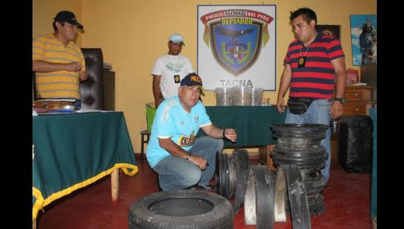 Incautan 10 kilos de droga camuflados en aros de neumáticos