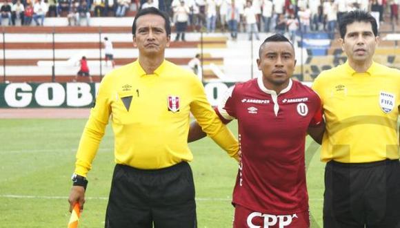 Juez de línea que anuló gol a Ruidíaz jugó por Universitario