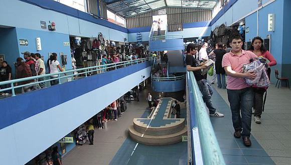 Polvos Azules: el centro comercial que nació en la calle