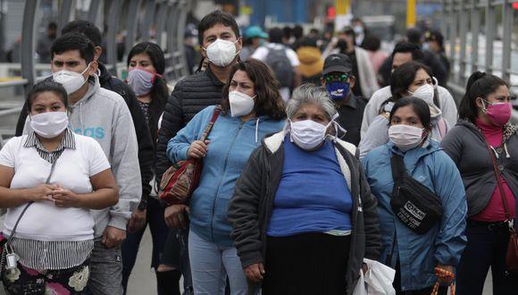 El Minsa recomendó que mientras no exista una vacuna, el único recurso para prevenir el contagio es usar mascarilla, respetar el distanciamiento social y usar protector facial.  (Foto: Anthony Niño De Guzmán)
