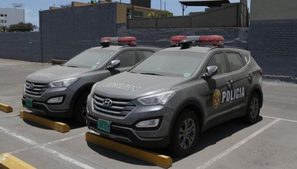 Detienen a agentes por extraer combustible de patrulleros