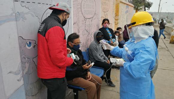 En los 158 puntos COVID los ciudadanos pueden acudir para que descartar si tiene coronavirus. (Foto: Minsa)