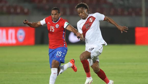 Perú cayó 2-0 contra Chile por la fecha 3 de las Eliminatorias Qatar 2022. Arturo Vidal marcó los goles del encuentro. | Crédito: @SeleccionPeru / Twitter.