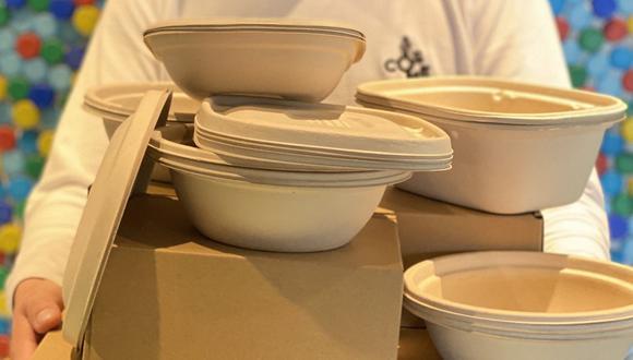 Cosme es el primer restaurante en sumarse a la iniciativa de la empresa de reciclaje Sinba. Cuando se hace el pedido, se debe solicitar la opción para el 'relivery', con un costo extra de S/5.