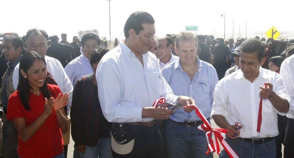 Nadine Heredia, Carlos Paredes y Ollanta Humala están involucrados en la presunta recepción de sobornos. En el 2012, participaron en la inauguración de una carretera en Moquegua. (Foto: Heiner Aparicio/ Archivo GEC)