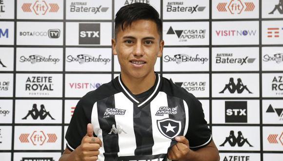 Alexander Lecaros dejó Real Garcilaso y empezó un nuevo reto en el Botafogo. (Foto: Botafogo)