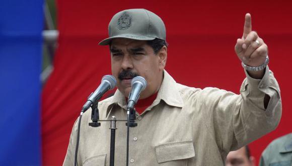 """Maduro ordena investigar a Movistar por """"convocatoria golpista"""""""