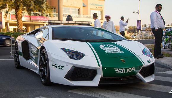VIDEO: Los espectaculares autos de la policía en Dubái