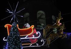 México: trineo en el que viajaba un Papá Noel sufre inesperado accidente en plena actividad navideña
