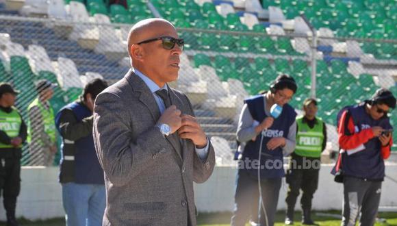 Royal Pari ascendió este año, contrató a Roberto Mosquera y lucha por el título del Torneo Clausura. El técnico peruano es sensación en territorio altiplánico. (Foto: Late)