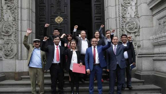 La virtual bancada del Frente Amplio se reúne con representantes del Poder Ejecutivo liderados por el presidente Martín Vizcarra. (Foto: Anthony Niño de Guzmán / GEC)